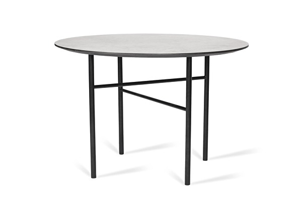 TRAVERSA Dining table
