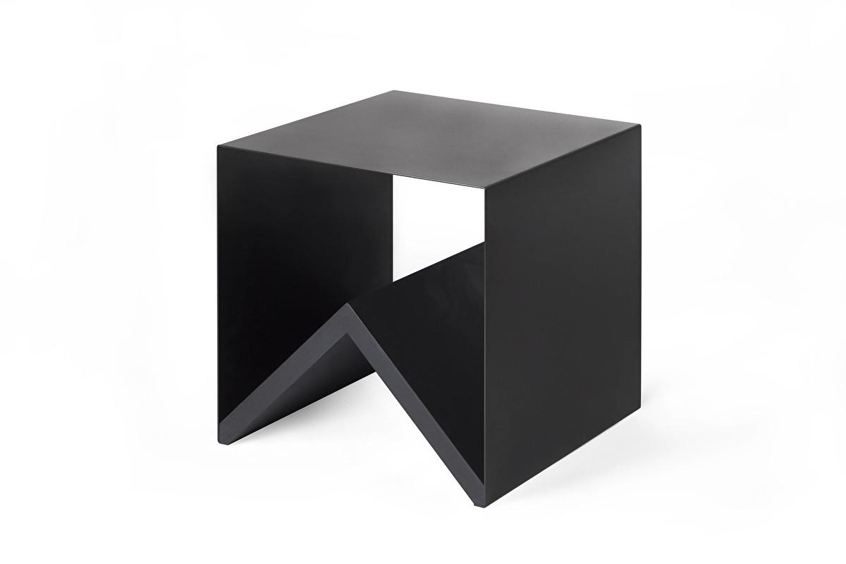 Table Kris